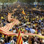 Hundreds of thousands form human chain for Catalan independence