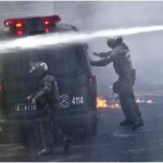 Chile students resume protests for free education