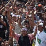 Bangladesh rioting over court decision kills 42