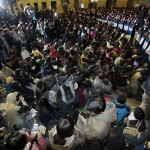 Taiwan Riot Police Remove Protesters From Cabinet Compound